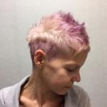 Corte Pixie violeta
