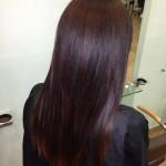 cabello oscuro con reflejos marrones