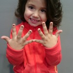 Peinado y uñas para las mas pequeñas